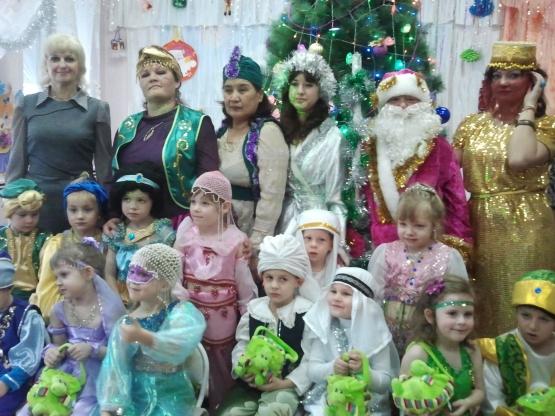 «Новогодняя восточная сказка». Сценарий праздника для воспитанников средней группы