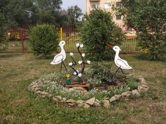 Картинки оформление участка детского сада летом