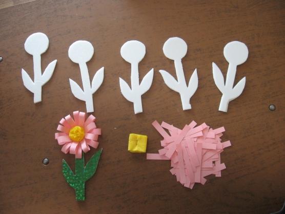 Цветочки для мамы своими руками
