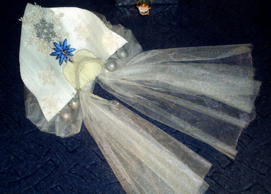 Корона для Снегурочки и новогодний костюм для куклы ... - photo#28