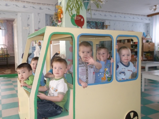 Наш автобус — для игры и для уединения