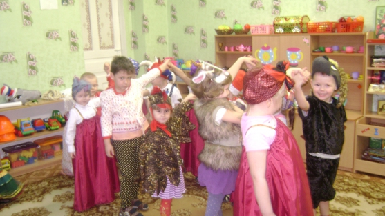 знакомить детей средней группы с русским фольклором