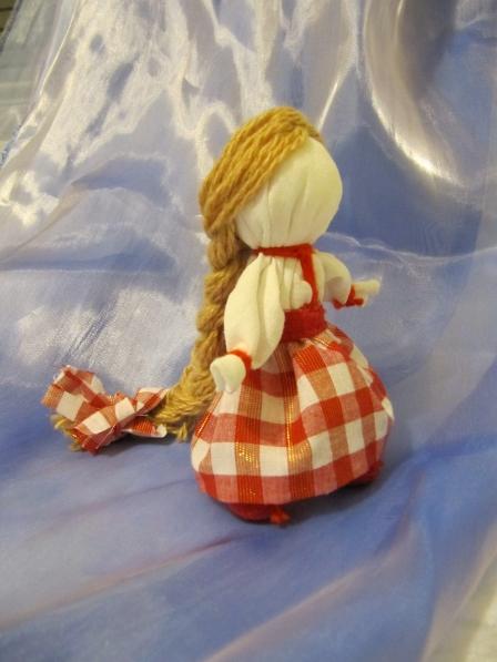Новогоднее поздравление МаааМовцам от Натальи Плахтеевой. Куколка «На счастье». Мастер-класс