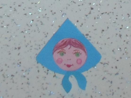 Девица красавица из бумаги