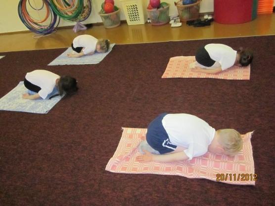 Утренняя гимнастика для дошкольников в детском саду