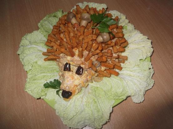 Салат ёжик рецепт с с сухариками