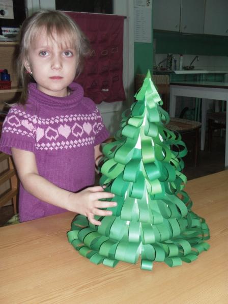 Как сделать с ребенком поделку елочку 88