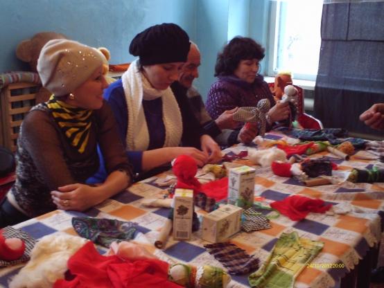 Мастер-класс для родителей «Куклы из бабушкиного сундука»