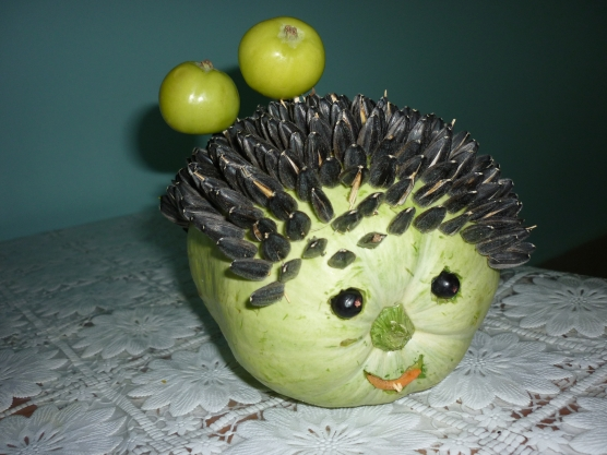 Поделки ежика из овощей и фруктов фото