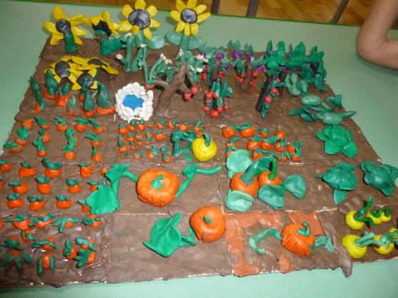 картинка овощи на грядке для детей