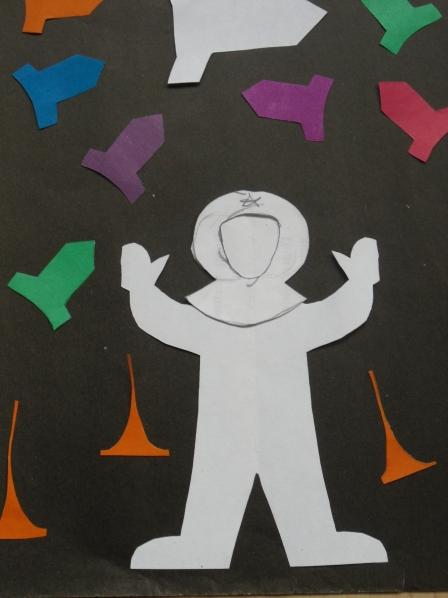 Космонавт из бумаги для детей 181