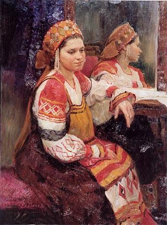 Женская фигура в народном костюме
