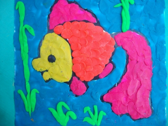 Как дети рисуют пластилином