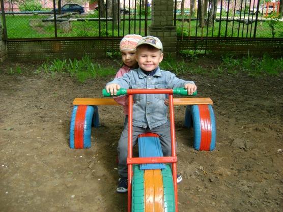 Мотоцикл для детской площадки своими руками