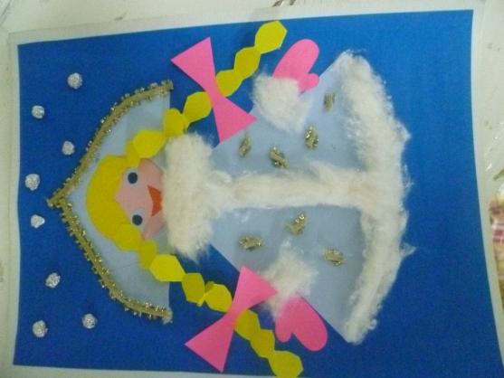 Как сделать из цветной бумаги новогодние поделки