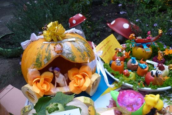 Поделки фруктов на выставку осени самые красивые