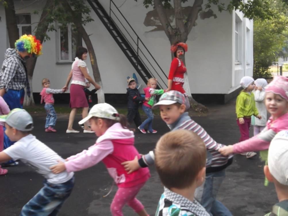Утренняя гимнастика в детском саду. Воспитателям детских ... утренняя гимнастика в детском саду