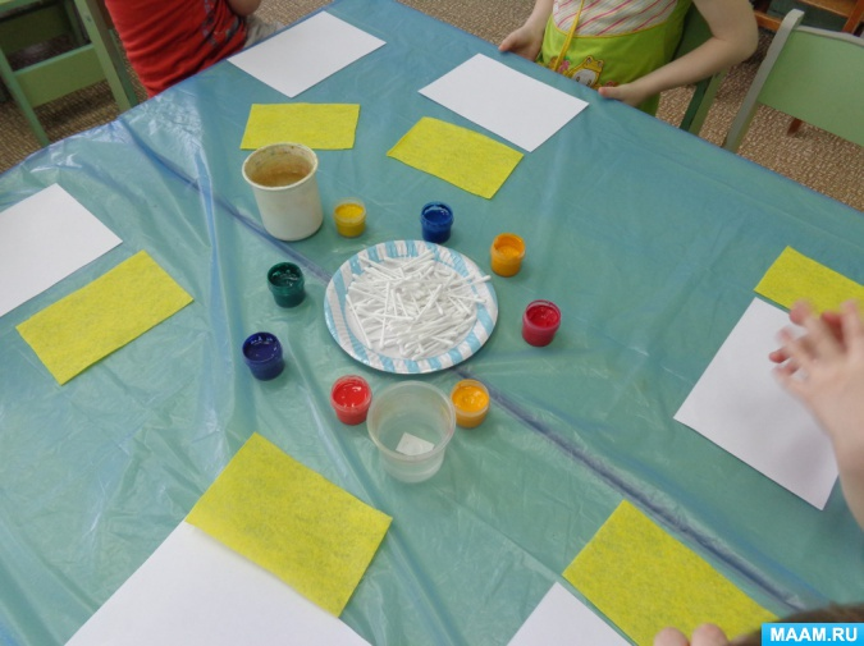 Мастер-класс для детей и родителей по нетрадиционному рисованию. Рисование ватными палочками «Цветок добра»