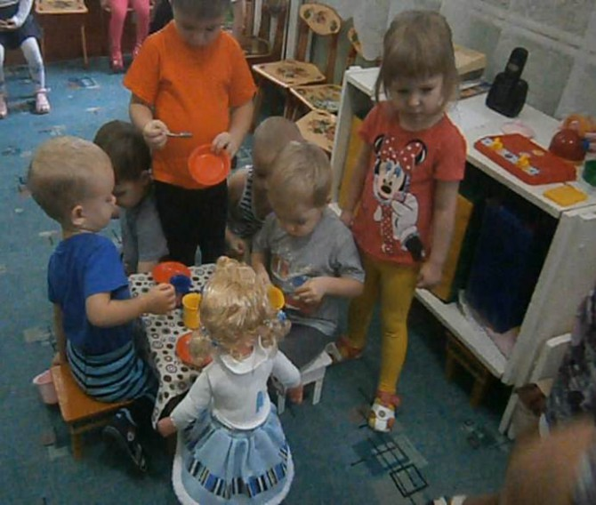 Сюжетно ролевая игра укладываем куклу цель ролевая игра королевство