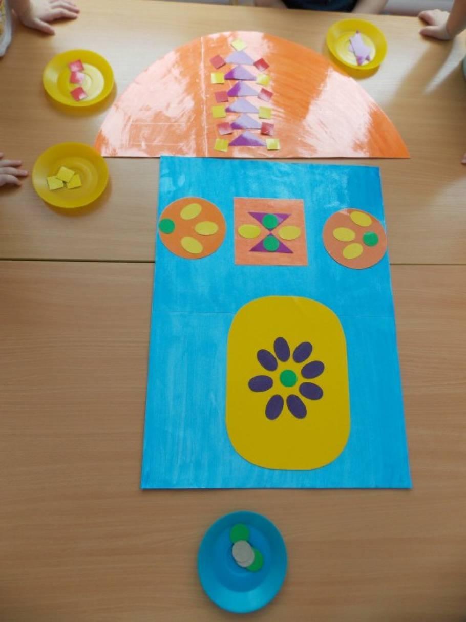 Совместная деятельность воспитателя с дошкольниками второй младшей группы «Заюшкина избушка»