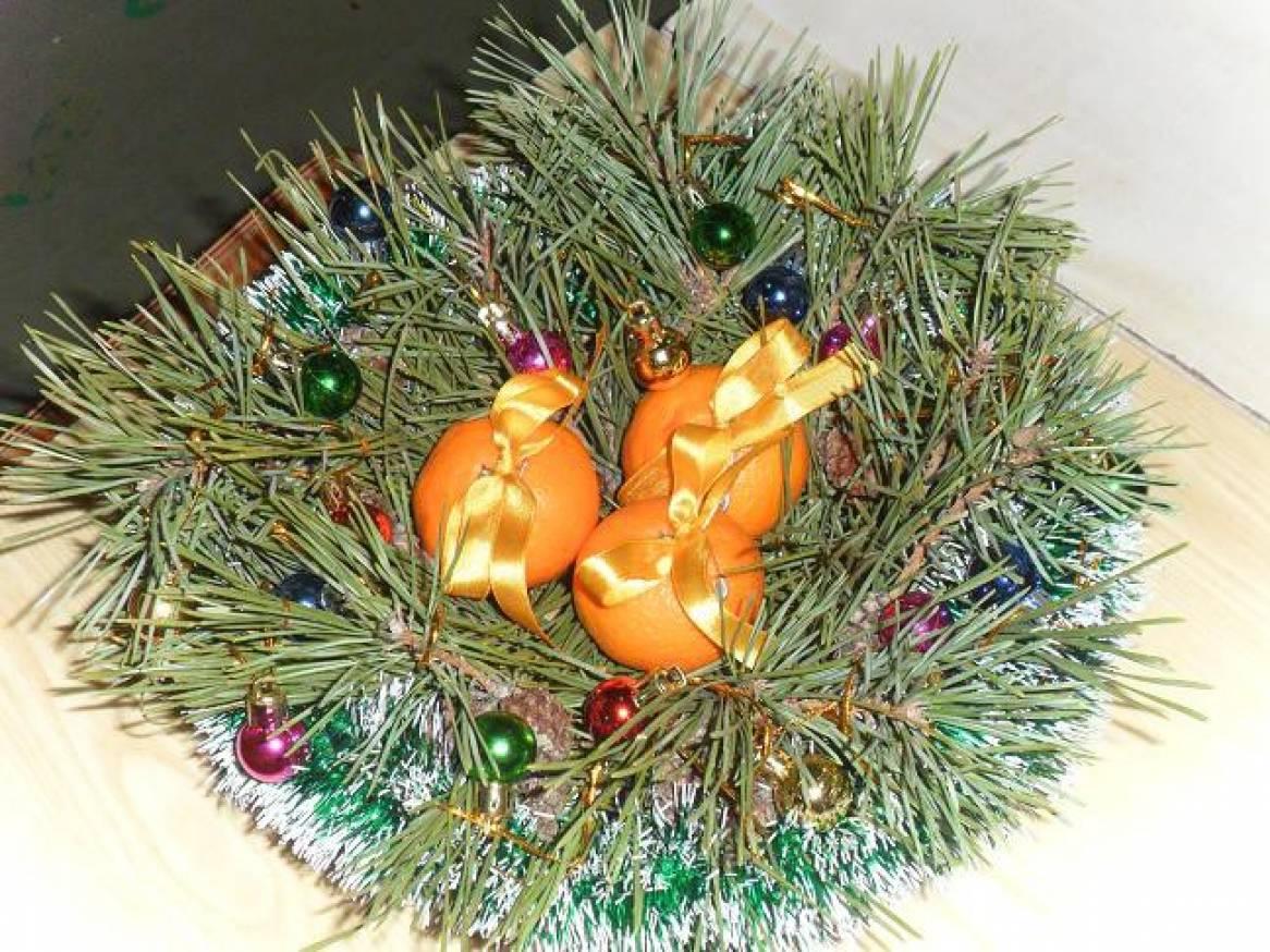 Фотоотчет о конкурсе новогодних поделок «Вместо елки новогодний букет»
