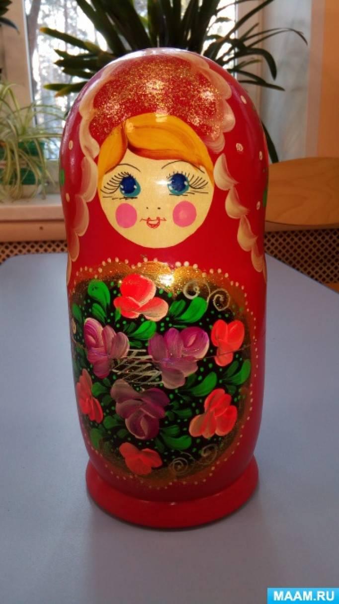 Знакомство с русской народной игрушкой-матрешкой для детей средней группы