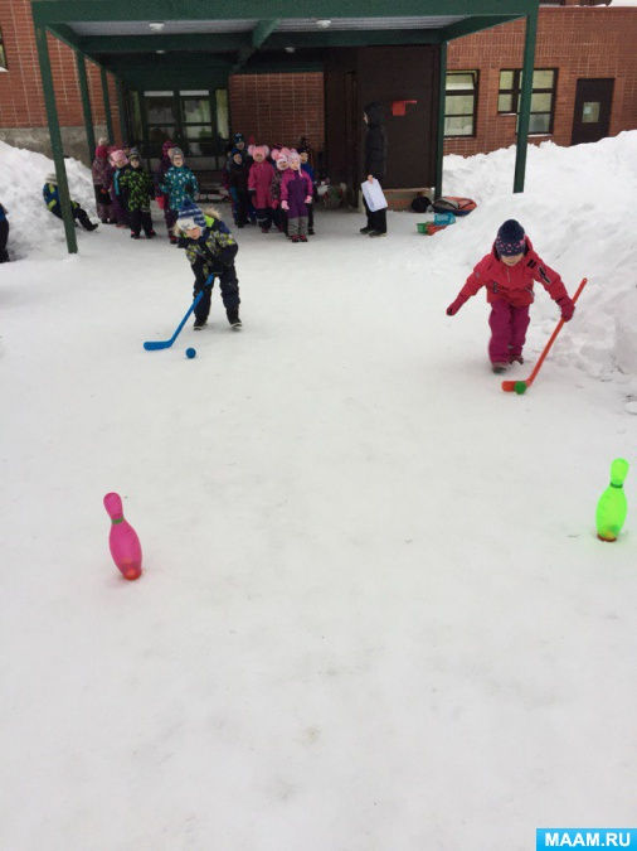 Конспект спортивного развлечения на свежем воздухе в старшей группе «Зимние забавы»