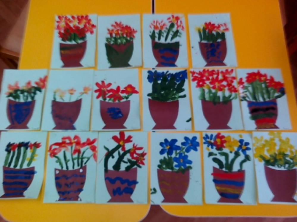 Занятие по рисованию «Цветы в подарок маме»