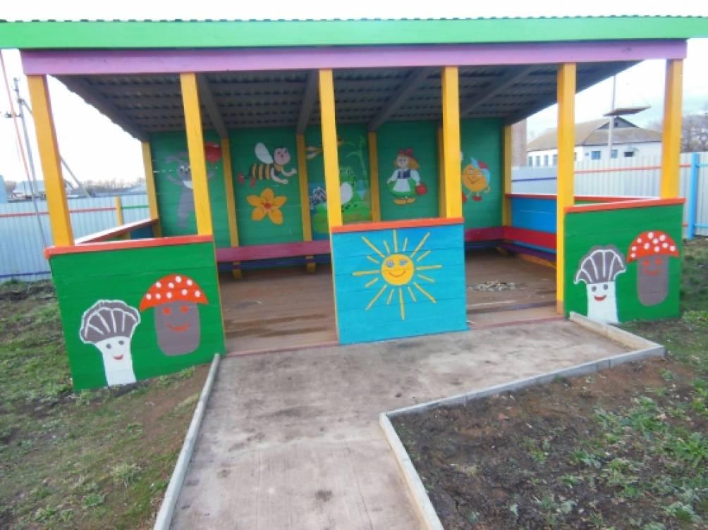 Как можно покрасить беседку в детском саду своими руками