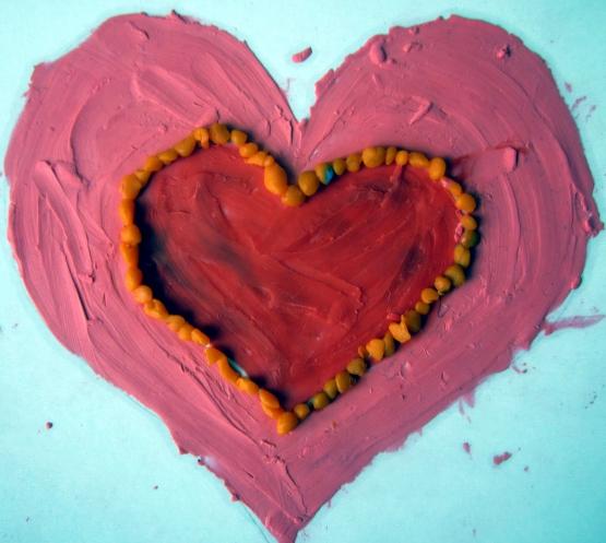 Как сделать своими руками сердце из пластилина 31