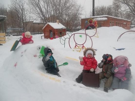 Зимние забавы в детском саду фото