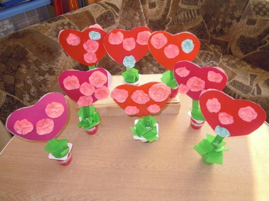 Букет-топиарий для мамочки (поделки детей)