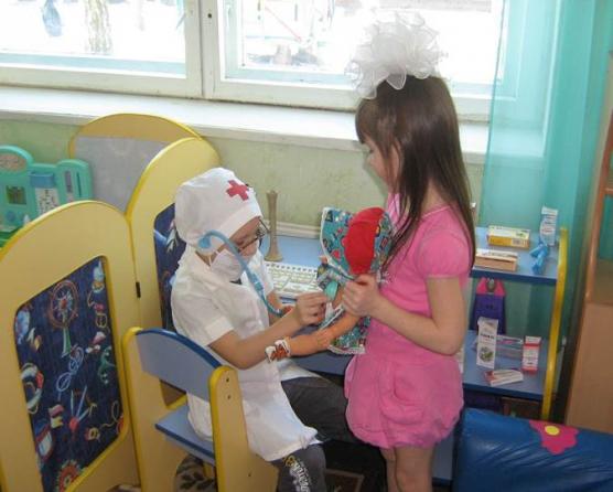 Поделки в детский сад профессии