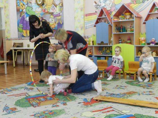 В воркутинском детском саду физкультурой занимаются мамы
