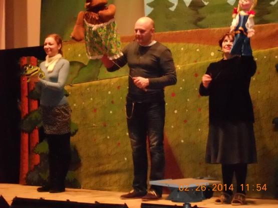 В гости к сенгилеевским ребятишкам пришли артисты Ульяновского кукольного театра имени Валентины Леонтьевой