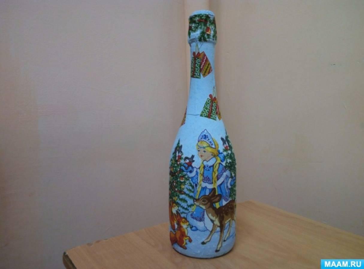 Новогодний декупаж бутылок салфетками
