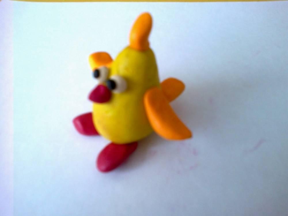 Сделать цыпленка из пластилина несложно