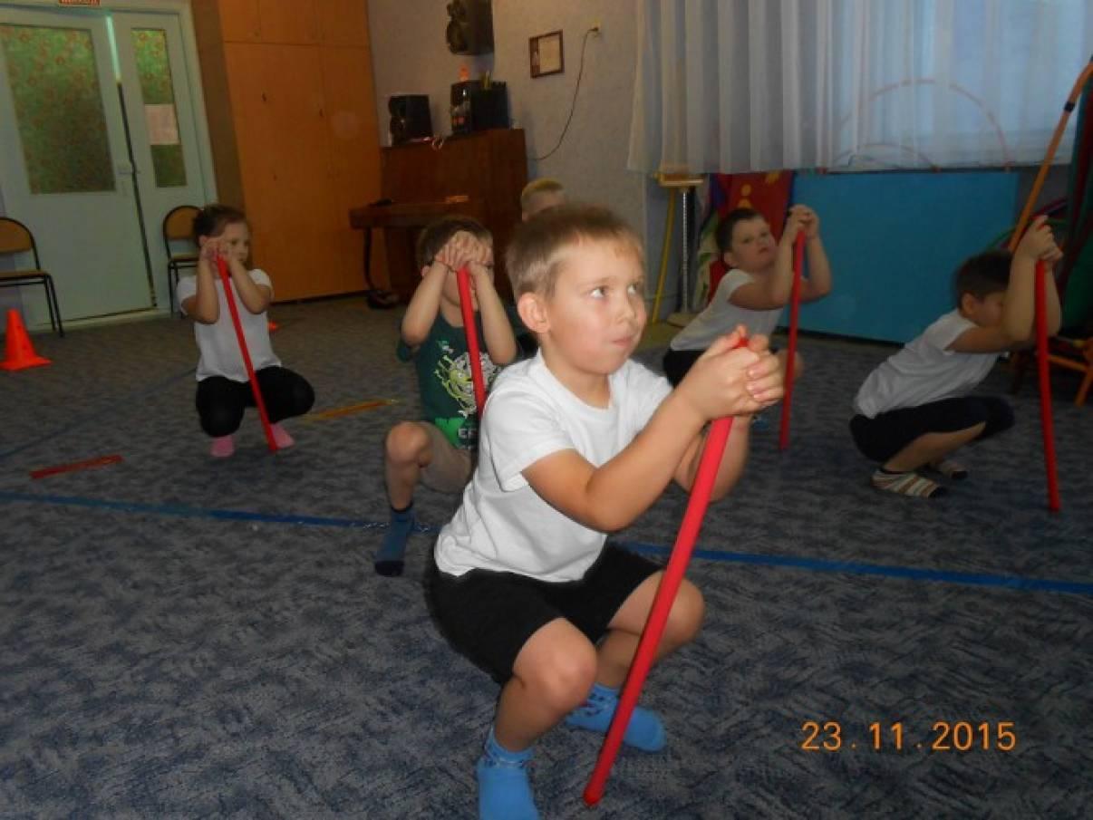 Лечебная гимнастика при сколиозе у ребенка видео
