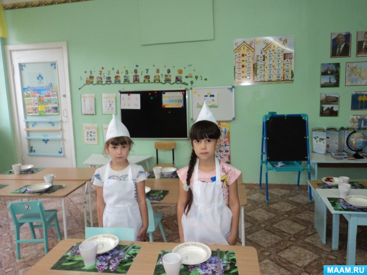 Дежурство по столовой. Работа с детьми