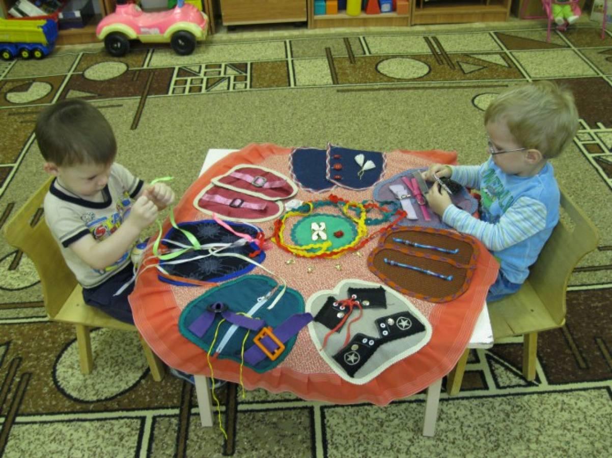 Сенсорный коврик для детей своими руками 7
