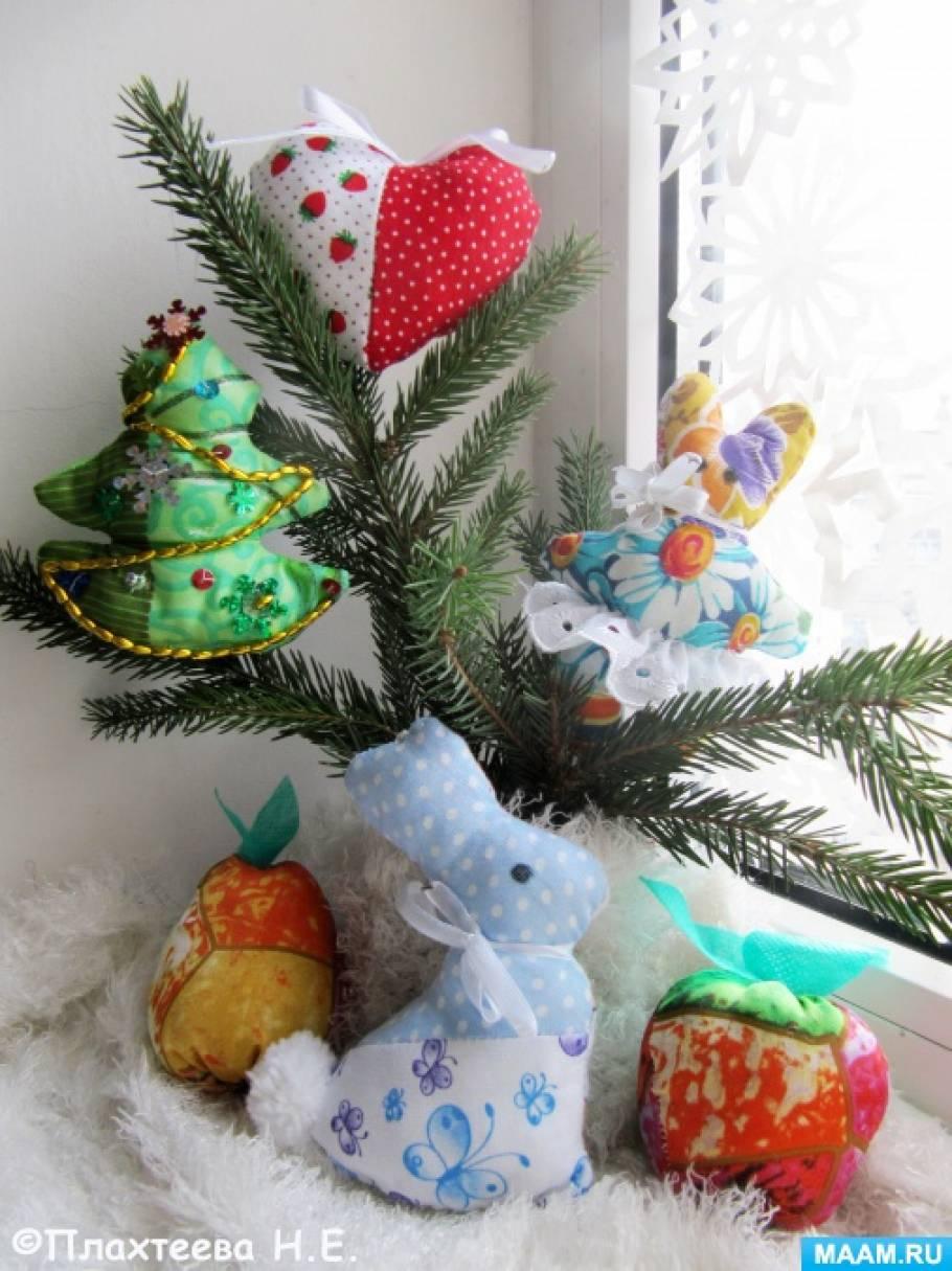 Элементы украшения к Новому году в технике пэчворк «Лоскутные ёлочные игрушки»