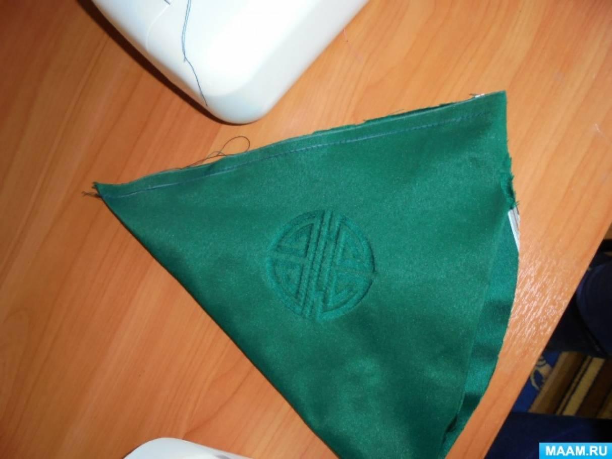 Как сделать шапку петрушки фото 510