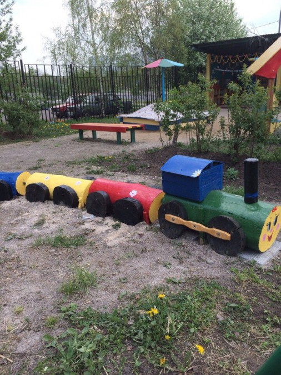 Поезд из бревен для детской площадки своими руками фото 47