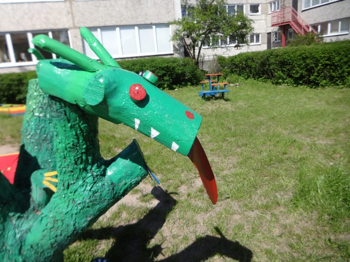 Змей горыныч для сада своими руками 454