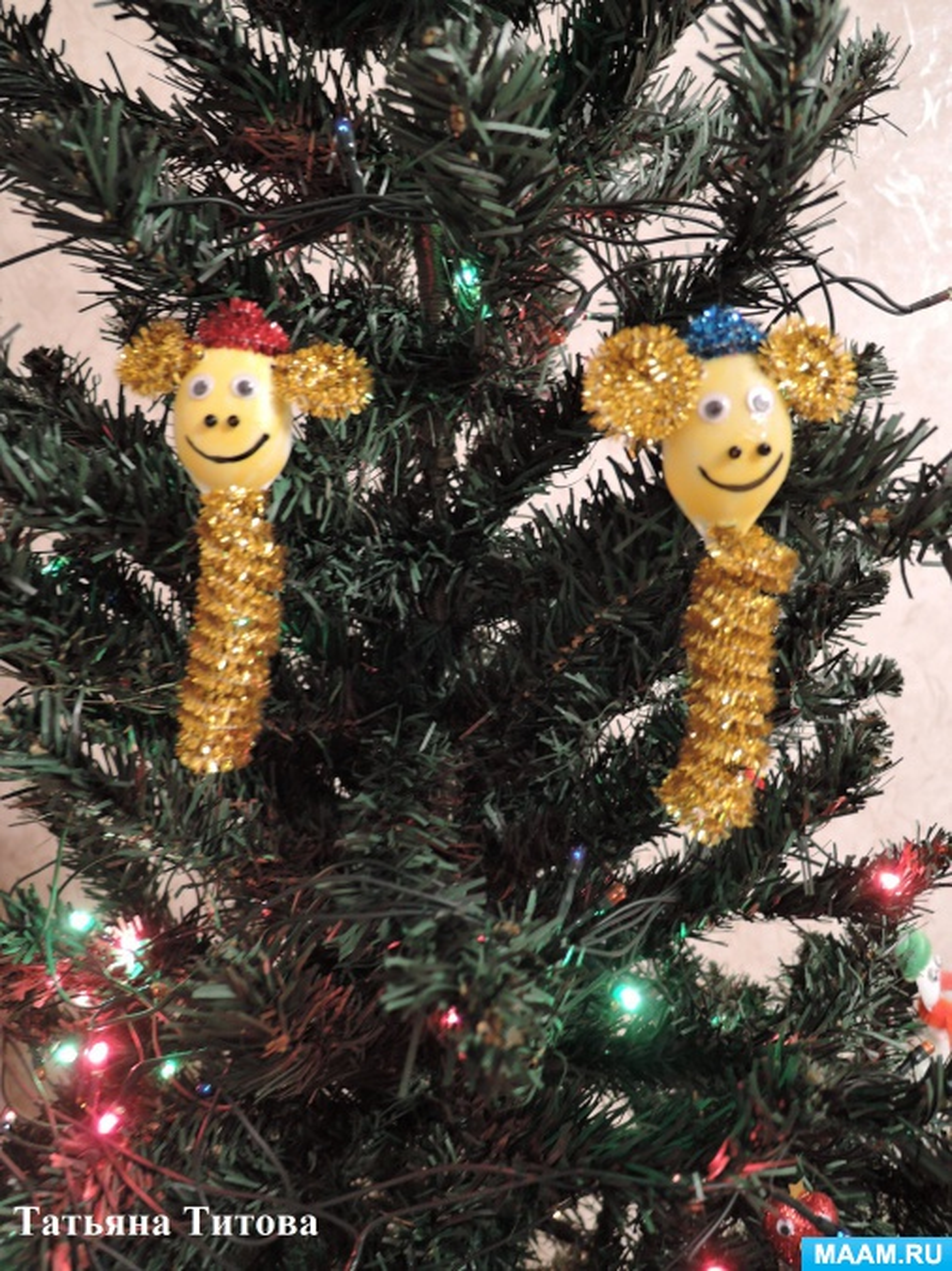 Мастер-класс по изготовлению новогодних игрушек веселых обезьянок из мишуры на основе спирали