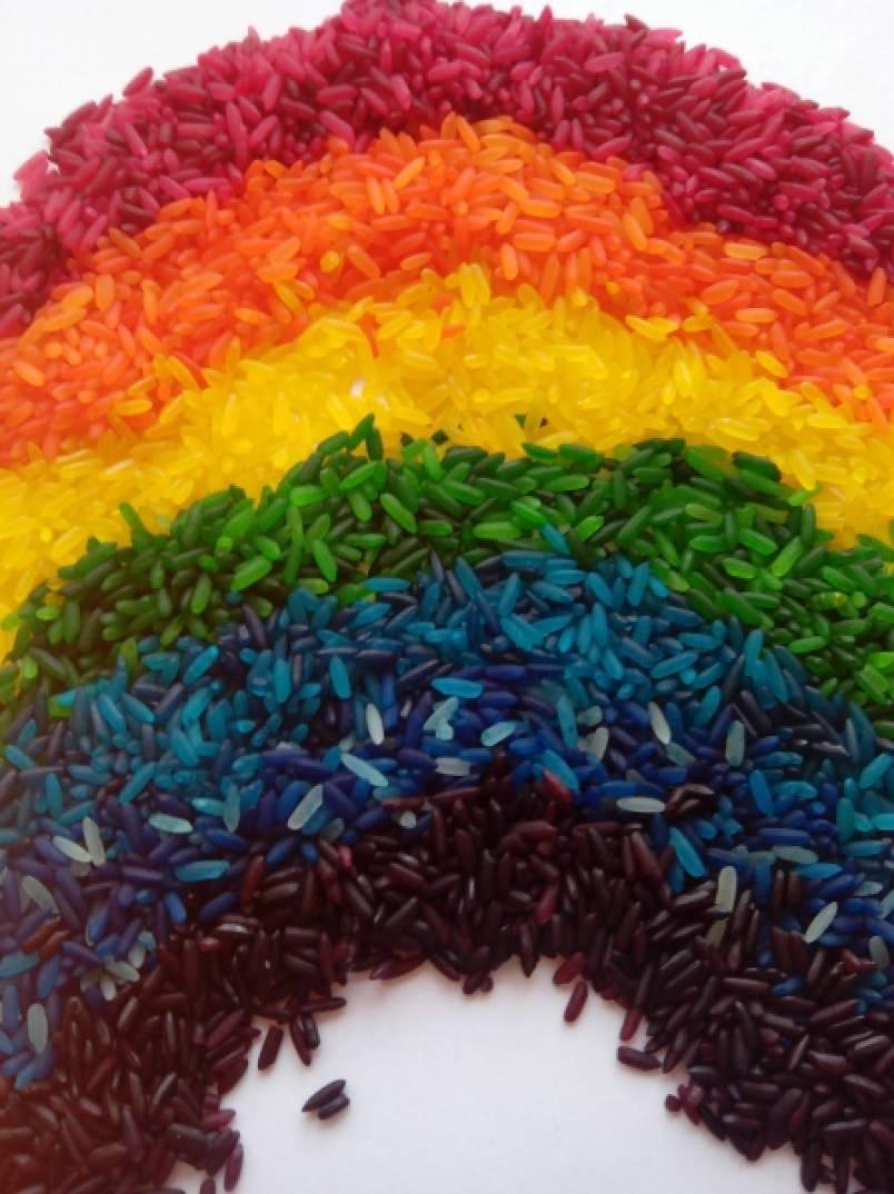 «Яркая осень». Поделки из цветного риса