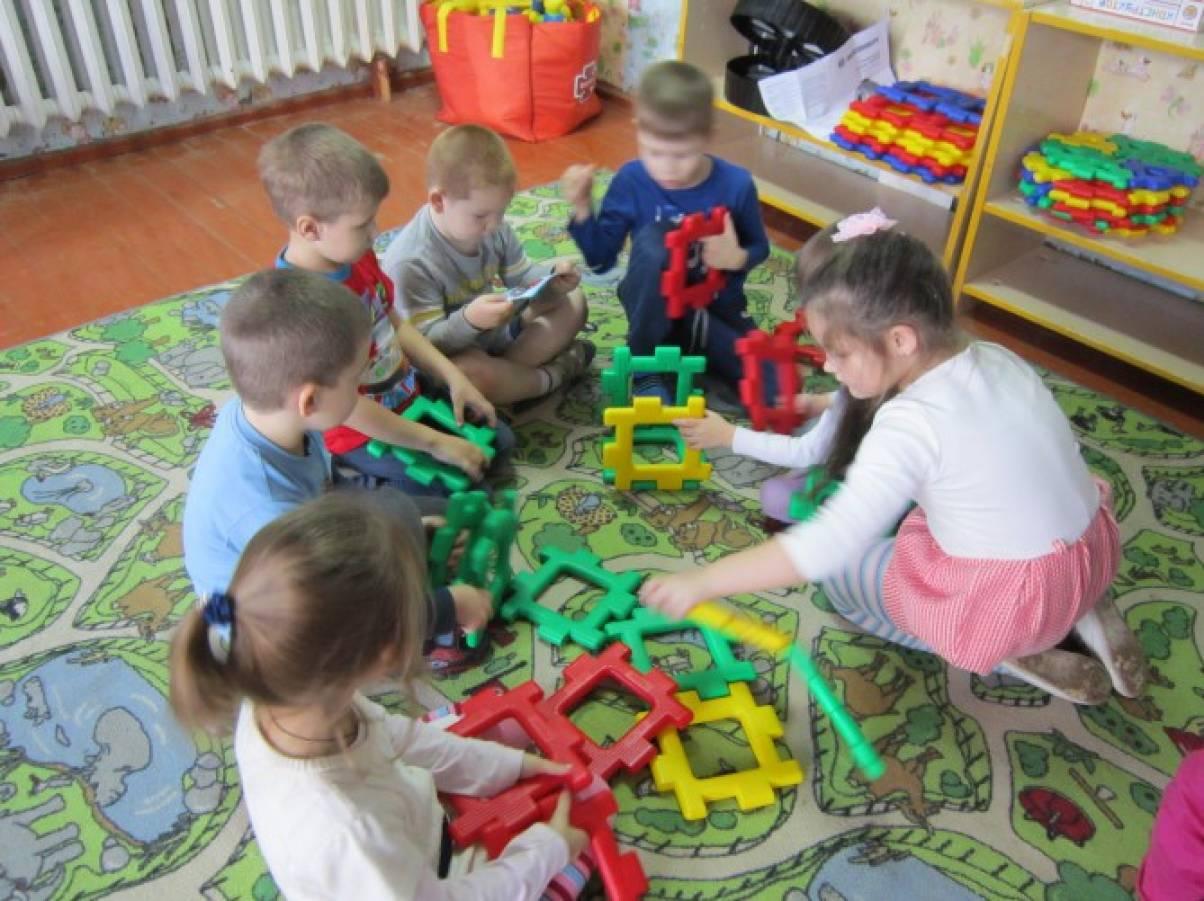 занятия с детьми в детском саду знакомство