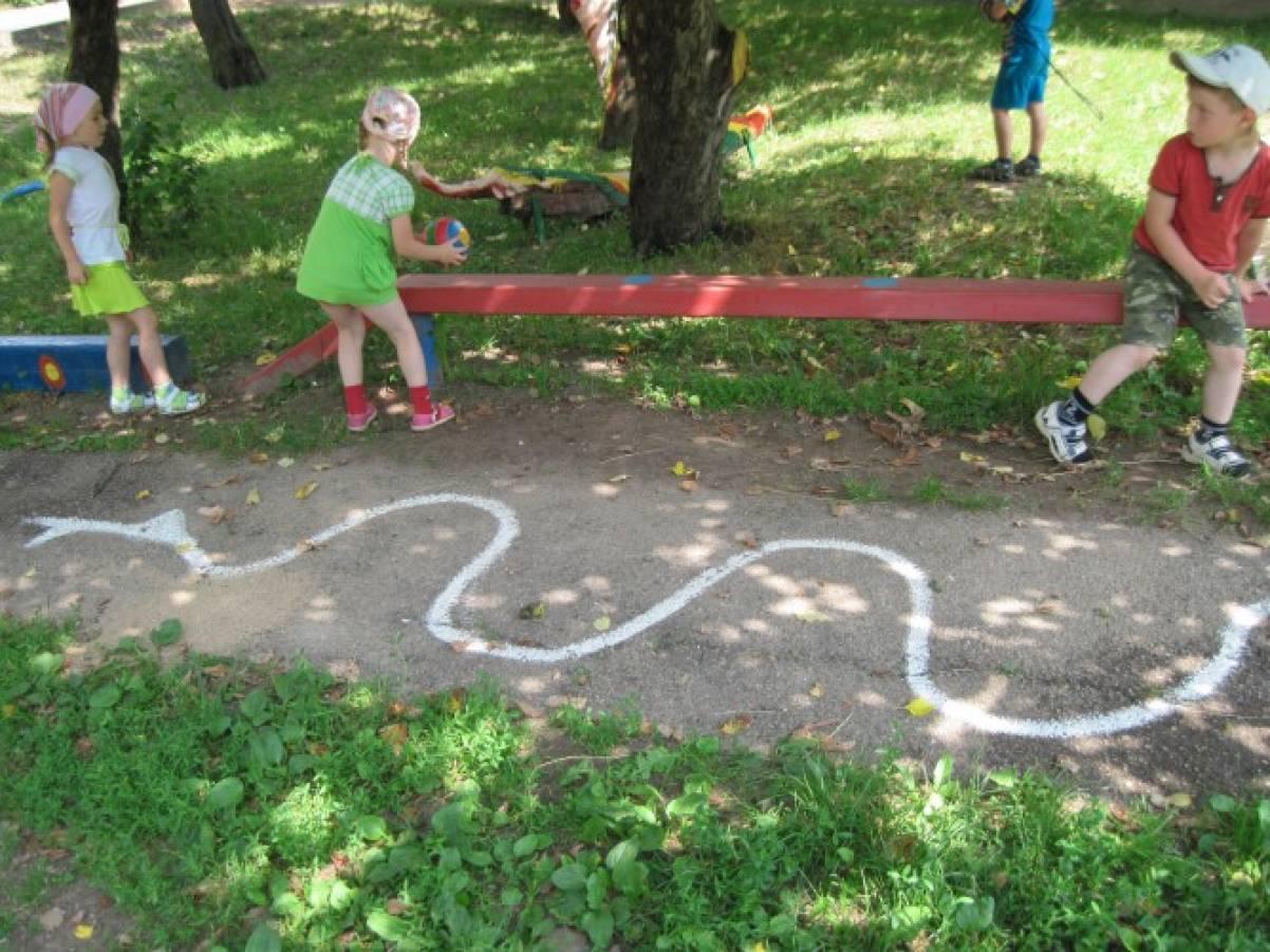 Идеи для выполнения детского спортивного уголка 26