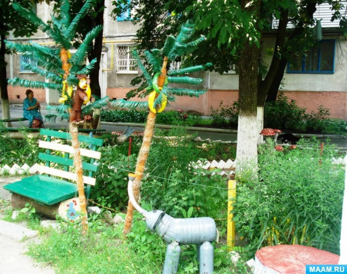 Как украсить двор поделками