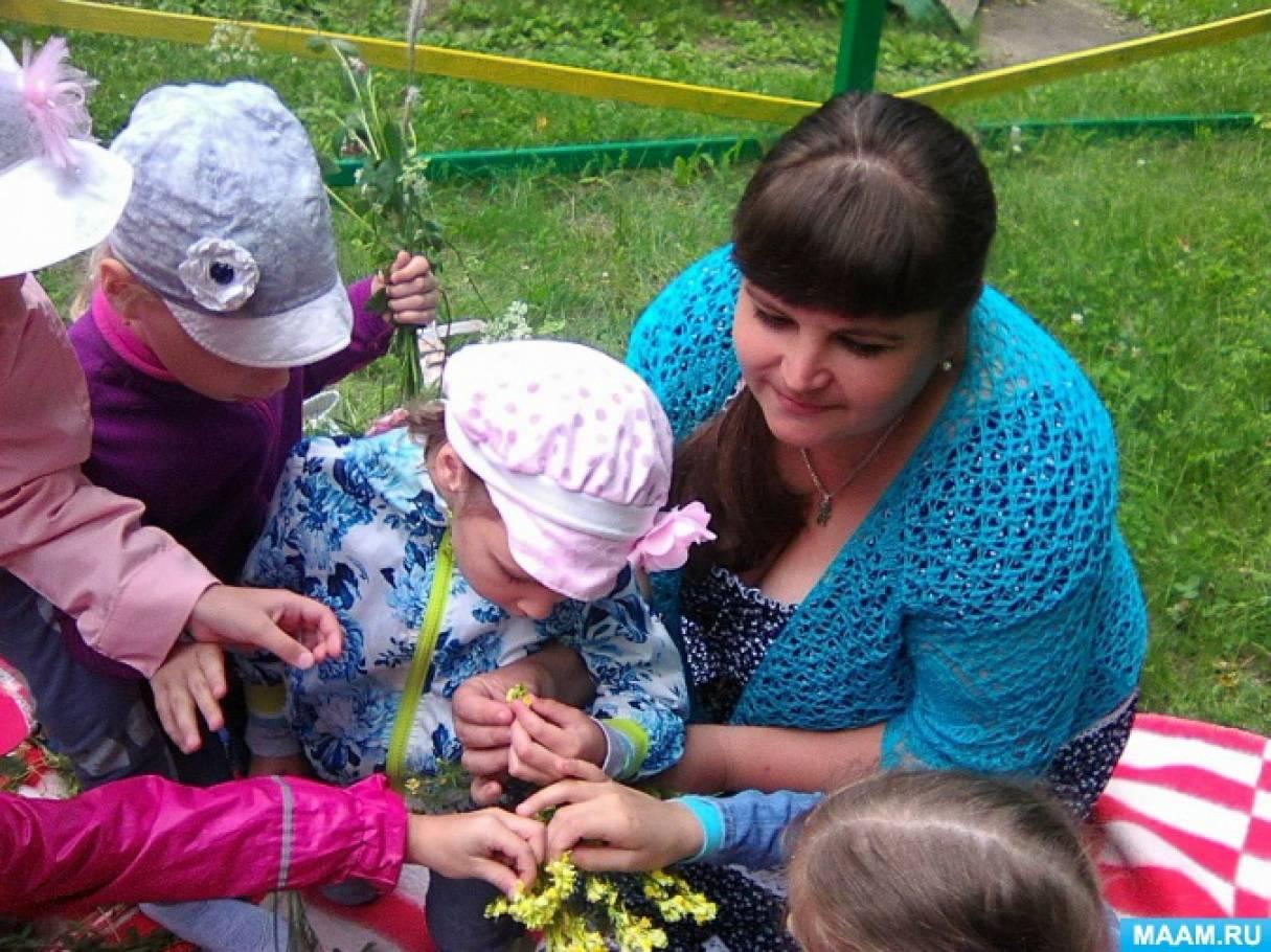 Изготовление веночка из полевых цветов